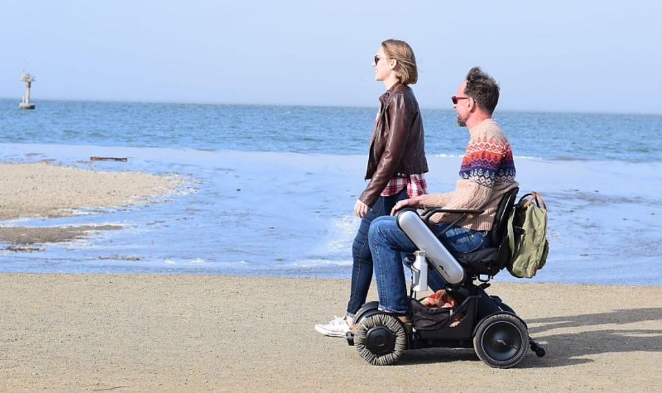 Der Whill E-Rollstuhl ist nicht so unhandlich wie die typischen Elektro-Rollstühle