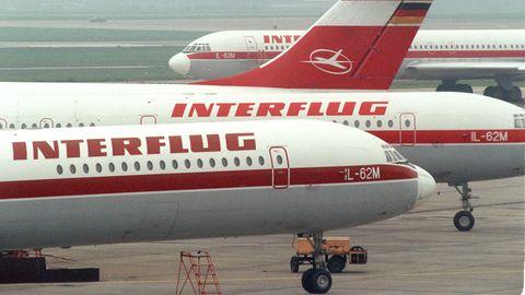 Flugzeuge der Interflug auf dem Flughafen Berlin-Schönefeld
