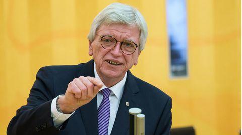 Volker Bouffier plant weitere Schritte zur Lockerung derCorona-Maßnahmen
