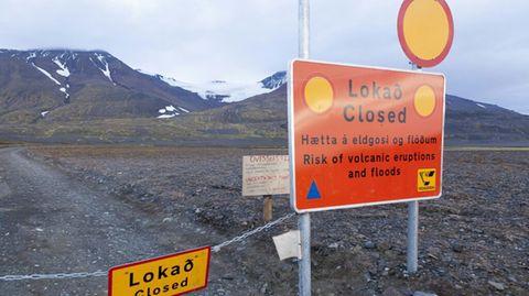 Eine Straßensperre in der Region um Islands größtem Gletscher, dem Vattnajokull