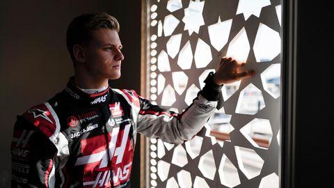"""""""Ich wollte immer das werden"""": Mick Schumacher, 21, im Rennanzug seines Formel-1- Teams Haas"""