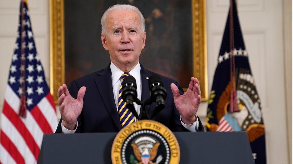 Joe Biden, Präsident der USA, spricht im State Dining Room des Weißen Hauses