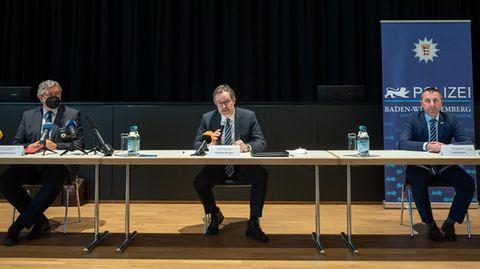 Polizeivizepräsident Siegfried Kollmar, OberstaatsanwaltAndreas Herrgen, Oberbürgermeister Jörg Albrecht