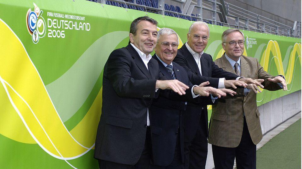 Wolfgang Niersbach, Theo Zwanziger, Franz Beckenbauer und Horst R. Schmidt