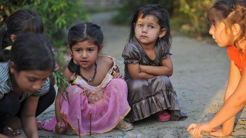Die Schule sollte für Kinder eigentlich ein sicherer Ort sein – für viele Kinder der Sinti und Romaist es das nicht