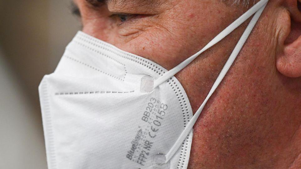 Reporter testet FFP2-Masken vom Discounter (Symbolbild)