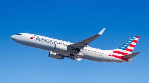 Eine Passagiermaschineder Fluggesellschaft American Airlines (Archivbild)