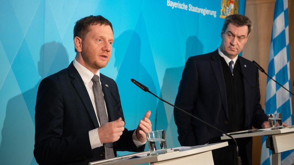 Sachsens Ministerpräsident Michael Kretschmer (CDU) und sein Amtskollege aus Bayern, Markus Söder (CSU)
