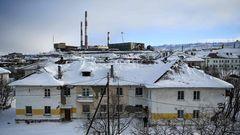 Blick auf das Hüttenwerk der russischen Firma Nornickel, daszum 1. März 2021 stillgelegt werden musste