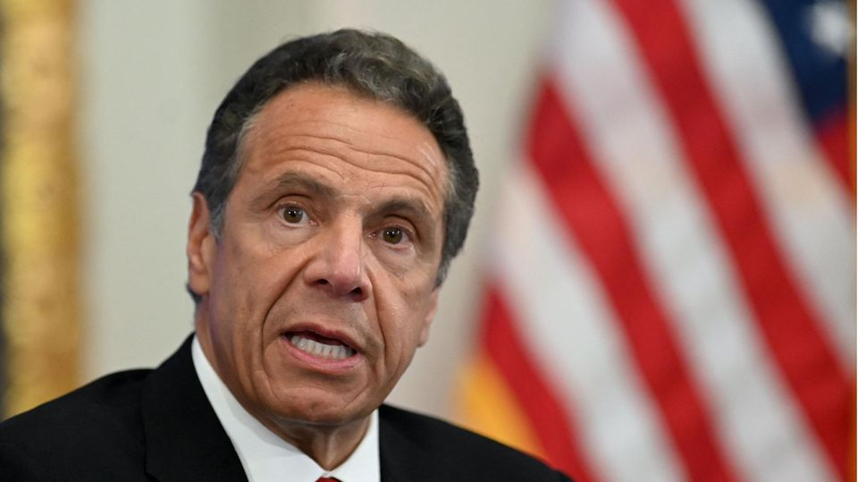 New Yorks Gouverneur Andrew Cuomo