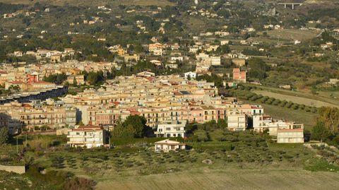 Traumhaus im Süden: Sizilien lockt mit Ein-Euro-Häusern. Die Heinsons haben zugeschlagen. Das sind ihre Erfahrungen.