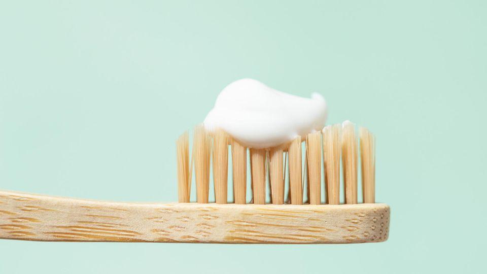 Öko-Test hat jetzt 35 Zahncremes für Kinder unter die Lupe genommen.