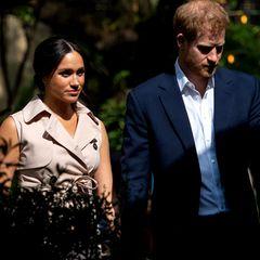 Schlammschlacht bei den Windsors: Meghan (li.) und Harry bereiten der Queen Sorgen.
