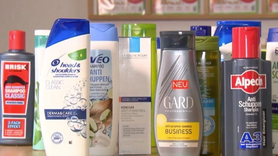 Anti-Schuppen Shampoo im Test: Wie gut ist Naturkosmetik wirklich?