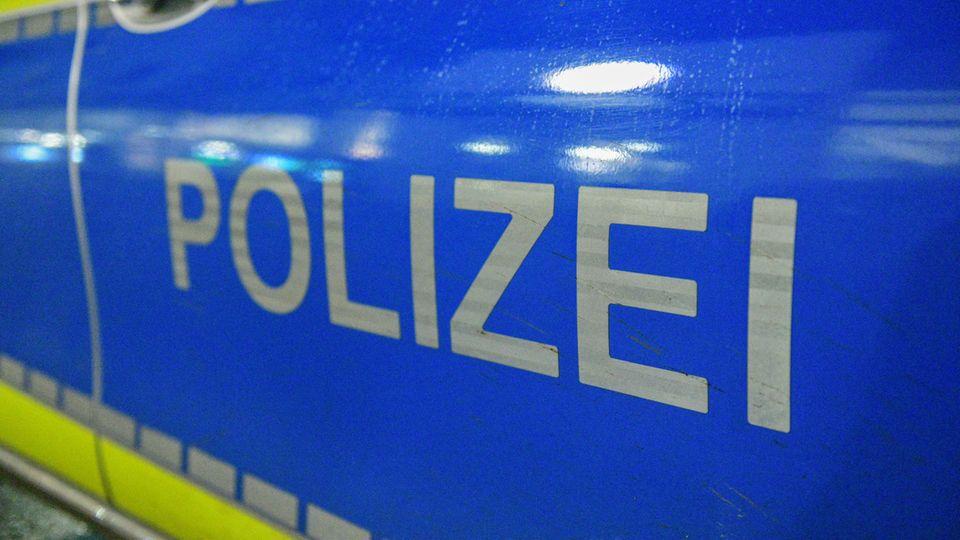 Nachrichten aus Deutschland: Polizei ermittelt gegen junge Männer