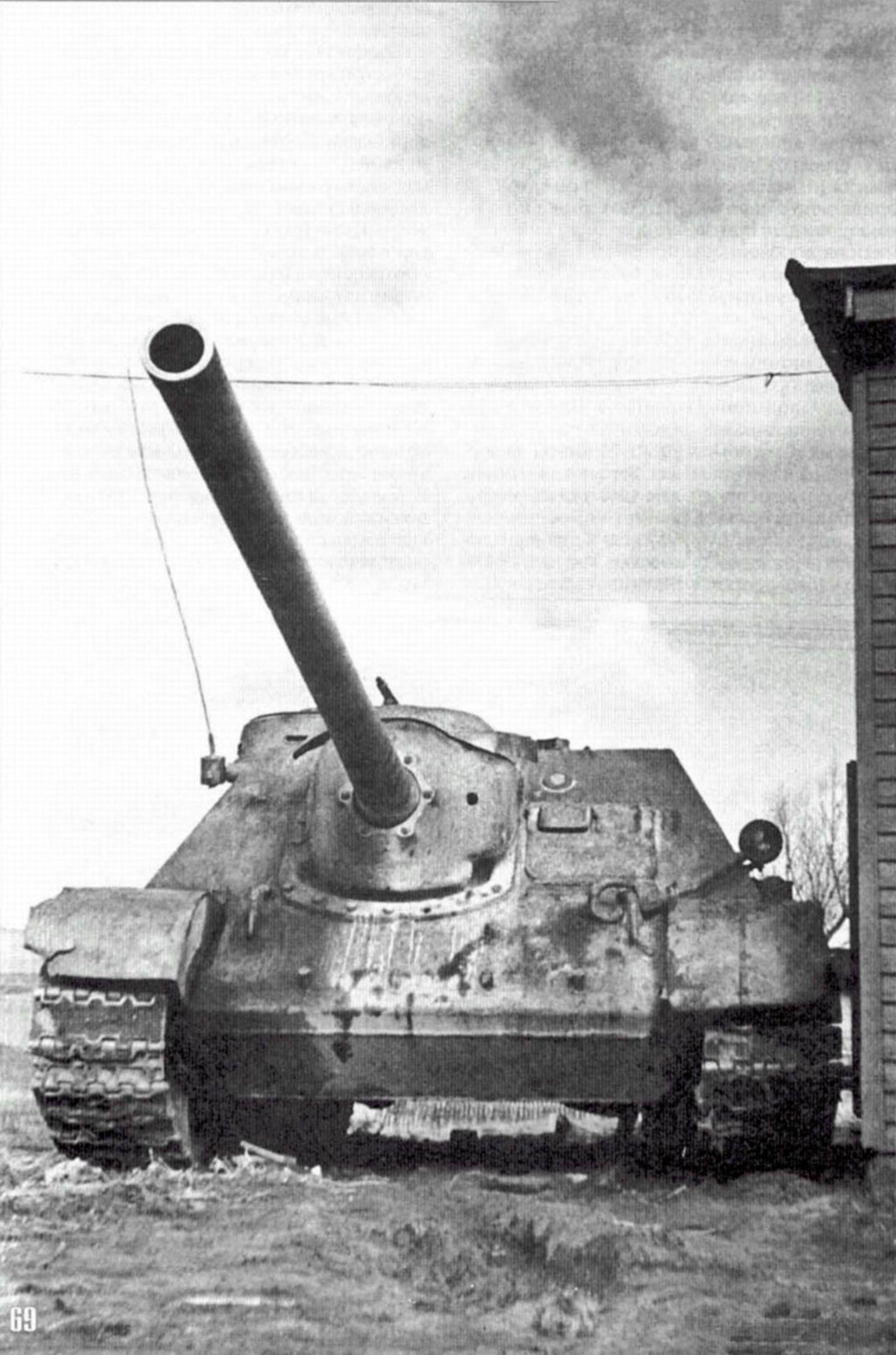 Die Deutschen erwarteten die mächtigen Jagdpanzer vom Typ SU 100