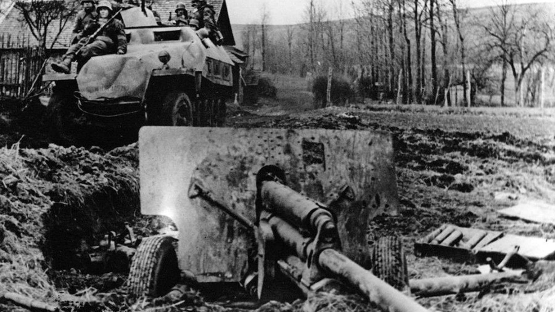 Die Sowjets hatten die Einbruchstellen mit Panzerabwehrwaffen verstärkt.