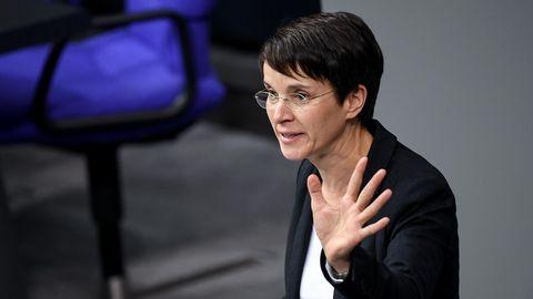 Frauke Petry (fraktionslos) spricht im Bundestag