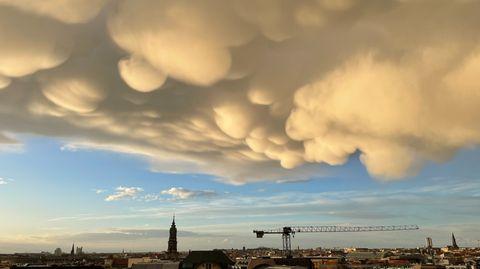 Mammatus-Wolken in Berlin nach Gewitter