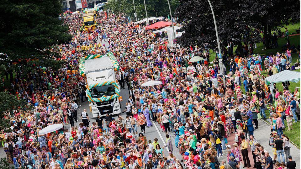 Bis zu 500.000 Besucher zieht der Schlagermove (Archivfoto) an, wenn mehr als 40 Musiktrucks durch St. Pauli fahren.