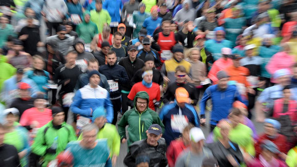 Massenstart beimHamburger Marathon