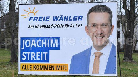 Wahlplakat Freie Wähler mit Joachim Streit