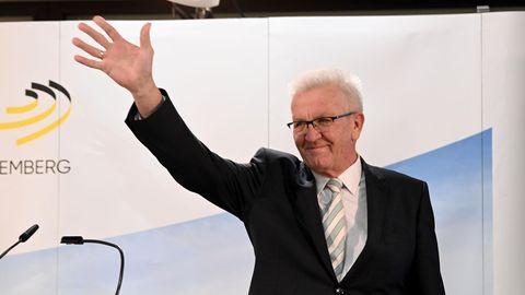Winfried Kretschmann feiert nach der Wahl in Baden-Württemberg