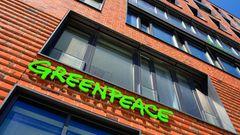 Seit mehr als 40 Jahren engagiert sich Greenpeace in Deutschland für den Umweltschutz. Umwelt-Interessierte können die Arbeit der Organisation in der Hamburger HafenCity auch hautnah erleben.