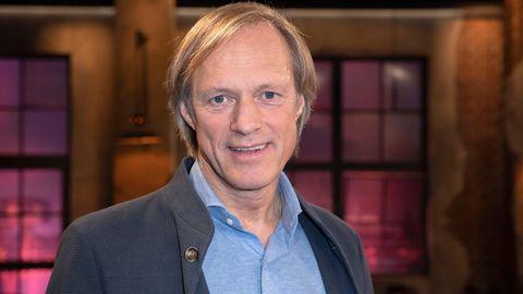 """Ehemaliger Fußballkommentator: Europaweite Fußball-EM 2021: """"Besser in einem Land austragen"""", sagt Gerhard Delling"""