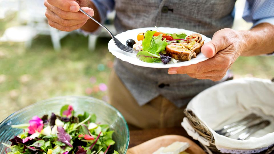 Gesund und fit: Mal sind Kohlenhydrate schlecht, mal Fett – aber diese 50 Ernährungstipps stimmen immer
