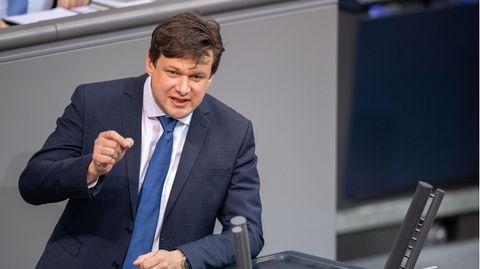 Tobias Zech (CSU) bei einer Plenarsitzung im Deutschen Bundestag