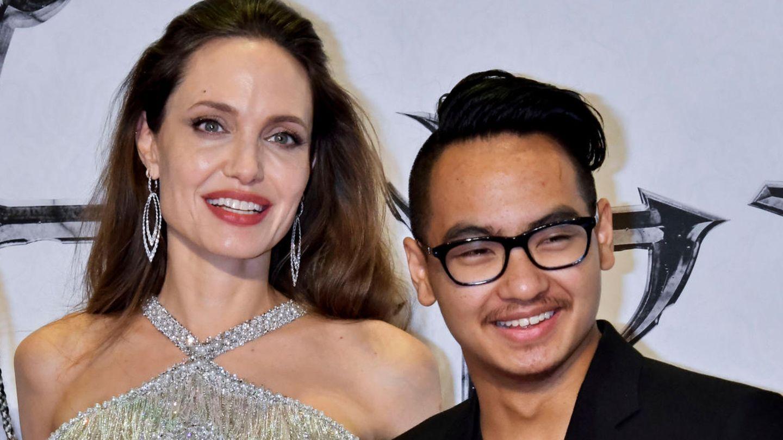 Angelina Jolie hatMaddox 2002 adoptiert, mit Brad Pitt kam sie 2005 zusammen