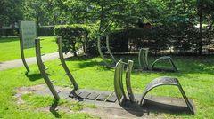 Der Wehbers Park ist seit 1926 eine öffentliche Grünanlage im Hamburger Stadtteil Eimsbüttel. Auf Höhe der Emilienstraße befindet sich der Fitnesspark, wo trainiert werden kann.