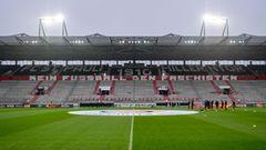 Ins Stadion amMillerntor kommen an Heimspieltagen normalerweise 29.546 Besucher*innen.