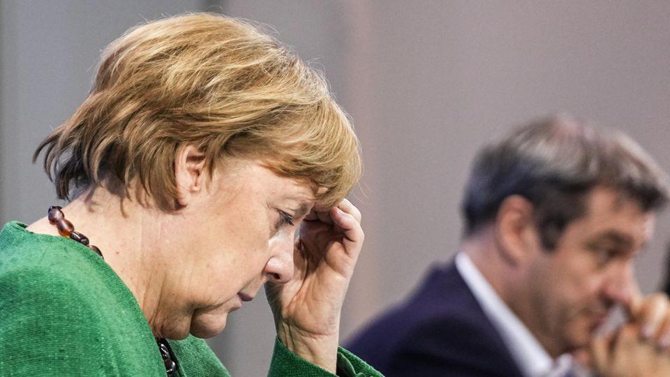 Bundeskanzlerin Angela Merkel (CDU)und Bayerns Ministerpräsident Markus Söder (CSU)