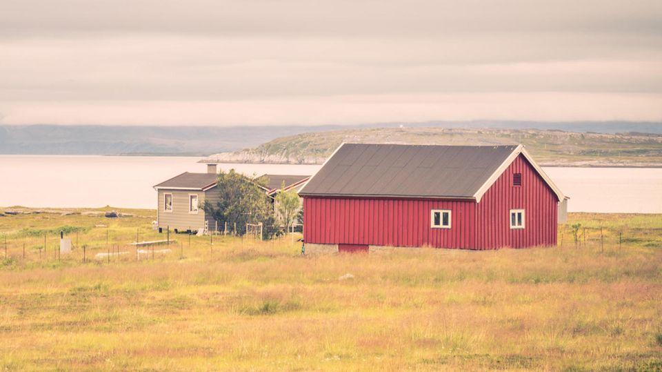 Schweden: Haus in der Einöde