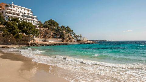 Corona-Zahlen steigen: Mallorca verschärft Maßnahmen.