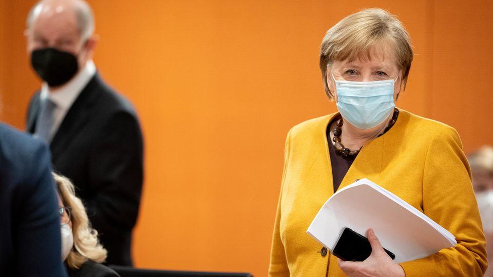 Bundeskanzlerin Angela Merkel vor einer Pressekonferenz