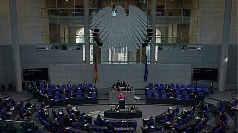 Mehr Transparenz im Bundestag: Ein Lobbyregister sollen Nebentätigkeiten offenlegen– und das Vertrauen in die Politik wieder herstellen.