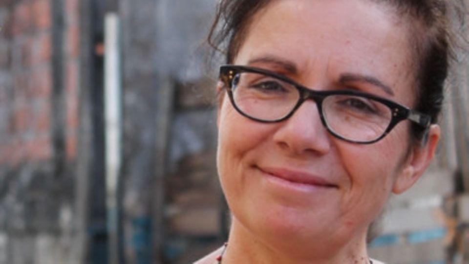 Die portugiesische Dokumentarfilmerin Lourdes Picareta lebt seit den 1970er Jahren in Deutschland.