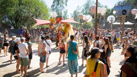 2019 tanzten die Feiernden noch vor den Bühnen des Fusion-Festivals