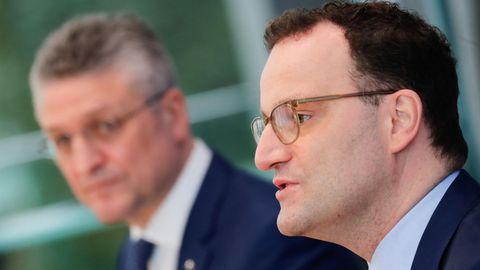 Bundesgesundheitsminister Jens Spahn (r.) und RKI-Präsident Lothar Wieler in Berlin