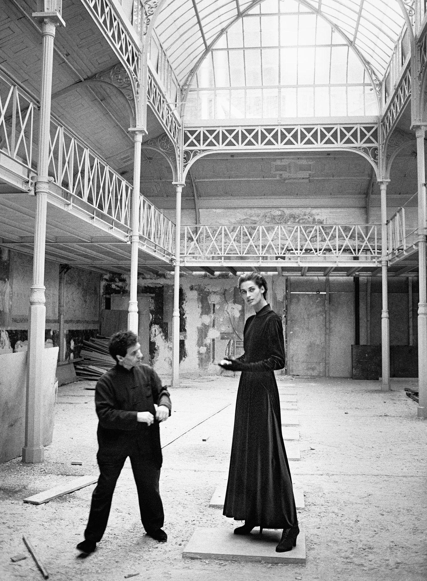 Azzedine Alaïa & Vanessa Duve, Paris, 1989