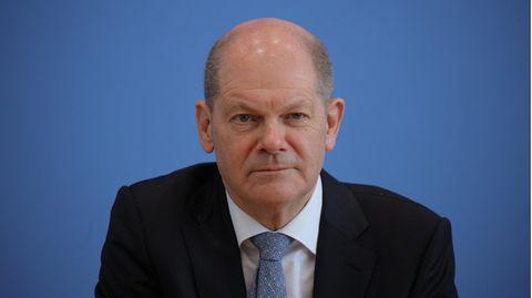 """Vizekanzler Olaf Scholz äußerte sich bei """"Berlin direkt"""" zur Zahl der Coronavirus-Impfungen"""