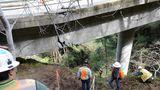 Abgesackte Brücke