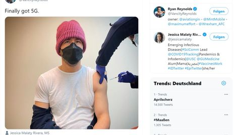 """Promi-Impfung: """"Endlich habe ich 5G"""": Ryan Reynolds ist geimpft - und macht sich über Corona-Schwurbler lustig"""