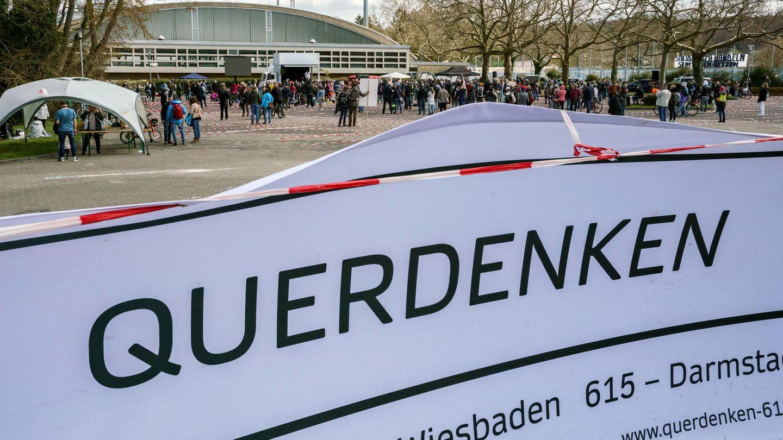 Eine Kundgebung der Querdenker in Darmstadt