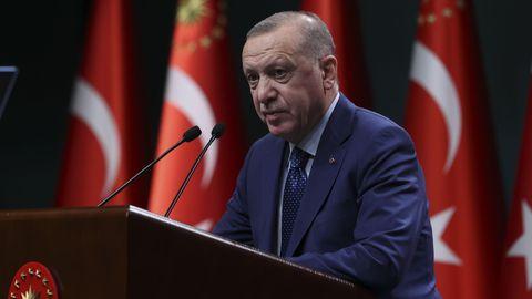 "Kritik am Prestigeprojekt ""Kanal Istanbul"": Erdogan lässt zehn pensionierte Admirale festnehmen"