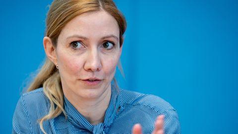 Sandra Ciesek ist Direktorin des Instituts für Medizinische Virologie am Universitätsklinikum Frankfurt
