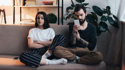 Paar auf der Couch